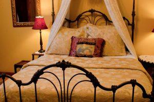 Isadora Suite Bed