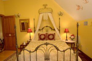Isadora's Room - Bed