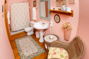 Lilly's Cottage - Bathroom