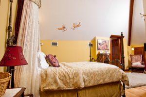 Isadora's Room - Bed 2